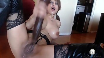 Gagging Squirt Big Tits