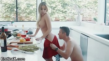 Cunnilingus Blonde MILF Blowjob Kitchen
