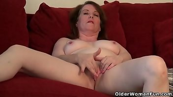 Strapon MILF Mature Mom